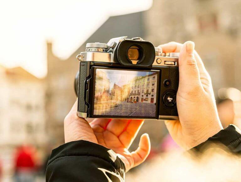 Virtual Tour Lviv Ukraine Old Town cropped